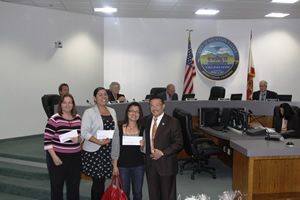 Mayor Vo Presents Donation to City High School